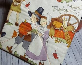 THANKSGIVING PILGRIMS HARVEST Potholders, Hot Pads, Kitchen, Fall, Autumn