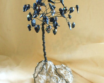 Abalone colored Blister Pearl and Wire Tree Sculpture