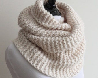 KNIT SCARF, cream white knit infinity scarf, knitted cowl, hand knit scarves, Lambs wool blend, 20% wool, soft and easy to wear