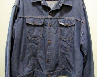 60s 1960s Vintage SEARS ROEBUCKS Denim Workwear Trucker Jacket // True Vintage Styling Stitching Lines // Men's Size L or XL