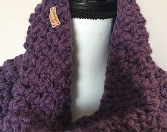 Chunky Soft Purple crochet cowl, crochet cowl, chunky cowl, purple crochet cowl, purple cowl, purple crochet cowl, soft crochet cowl