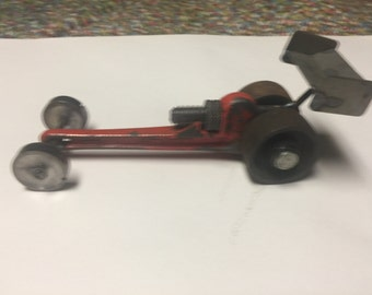 Pipe wrench dragster