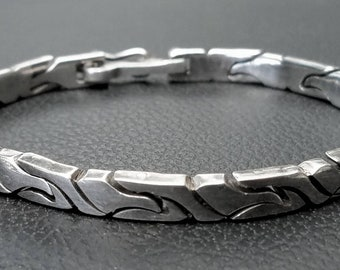 Beautiful vintage Taxco Mexico sterling silver link bracelet 28g