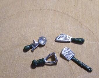 1/24th scale Dolls House kitchen utensils - dollhouse kitchen accessories