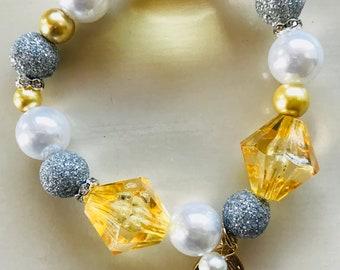 Jouful-Beaded Bracelet With Charm