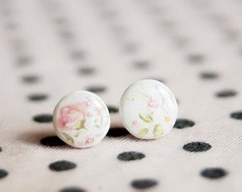 Shabby Chic Stud Earrings, Flowers Earrings, Botanical Jewelry, Rose Stud Earrings, Pink Earrings, Tiny Studs