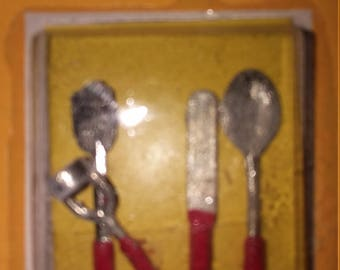 dollhouse miniatures vintage cooking kitchen  utensils