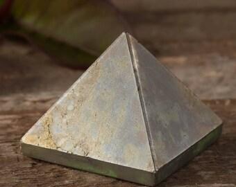 1 Inch PYRITE Pyramid - Fools Gold Stone, Protection Stone, Raw Pyrite Crystal, Pyrite Stone, Gold Stone, Pyrite Cluster E0427