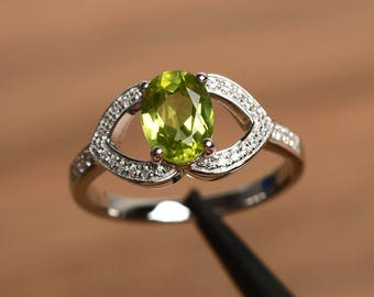 natural peridot ring peridot wedding ring August birthstone oval cut green gemstone sterling silver