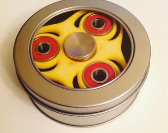 Trefoil Circle Spinner