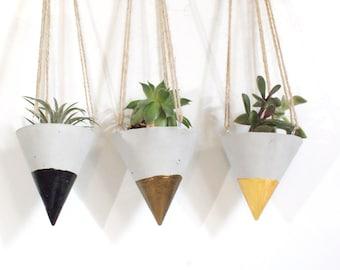 Concrete Planter/ Hanging planters /Modern Planter / Succulente Planter /Air Plant Holder /Home decor / Hanging planter /Hanging cones