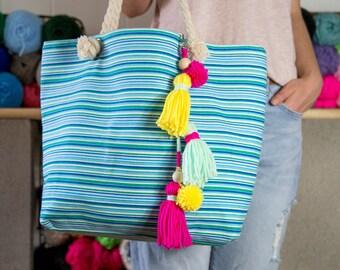 Long tassel pompom keychain, zipper charms, pompom keychains, tassel keychain, bag accessories,