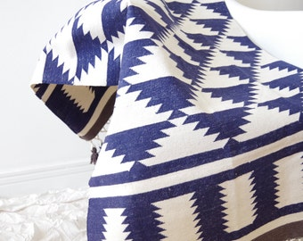 Handwoven navy and off-white rug with tassles and triangle pattern (dhurrie) - Custom size & colors available