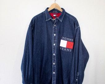 Rare Vintage 90s Tommy Hilfiger Jeans Denim Button Up Shirt Size Large Big Flag Crest Spellout