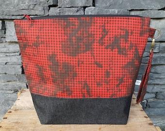 Project Bag | Knitting Bag | Project Bag | Zippered Project Bag | Wedge Bag | Shawl Sweater Knitting Bag | Gingham Checks | Black & Red