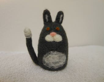 Needle Felted Cat Small Merino Wool