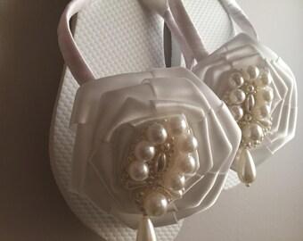 Mary Bridal Flip Flops, Custom Flip Flops, Satin Rose Pearl Dancing Shoes, Bridal Sandals, Wedding Flip Flops, Beach Wedding Shoes