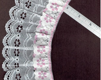 3.5 inch White and Pink double gathered lace trim 5 yds (XD162)