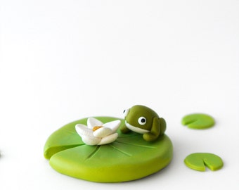 Frog and Water Lily Brooch - Spring jewelry - Pond creatures - fun animal jewelry - gift for women - green and white