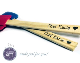 Personalized Laser Engraved Silicone Spatula - Perfect Gift for Bakers - Shower, Wedding, or Housewarming Gift