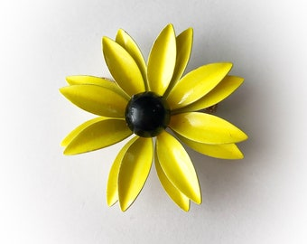 Vintage Mod Flower Power Enamel Brooch Yellow and Black