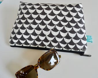 Zipper Pouch - Black and White Pouch - Modern Zip Pouch - Pencil Pouch - Bridesmaid Gift - Gift for moms - Cosmetic Bag  - Pouch