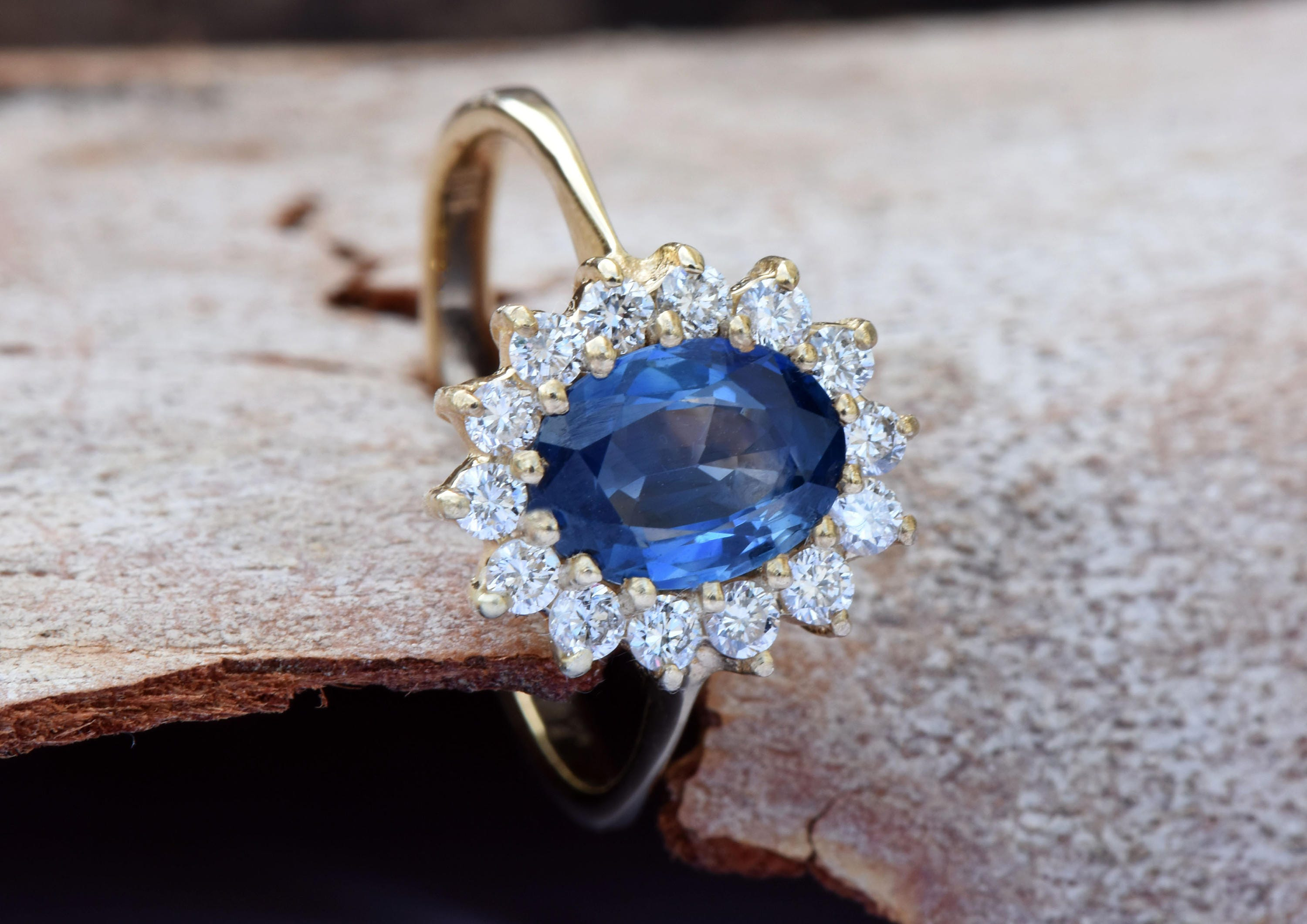 and engagement sapphire gold gemstone cornflower white products ring halo blue diamond rings img