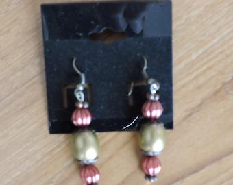 Vintage Style Bronze/Blush Earring