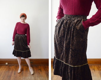 1970s Paisley Velveteen Skirt with Gold Piping - S