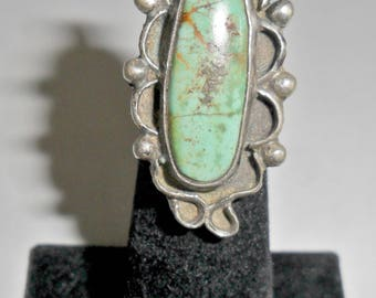 Beautiful petite vintage ladies' Native American style sterling silver light green turquoise pinky or midi ring size 2 1/2