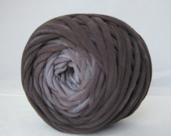 T Shirt Yarn, Hand Dyed, Black Ombre, 30 Yard, Thick 3-4 wpi, Tshirt Yarn, T-shirt Yarn