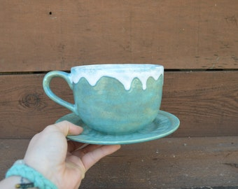 Flowing Mermaid Scales Ombre Jumbo Soup Mug with Matching Saucer Plate - 28oz. - Extra Large Mug and Dish Set