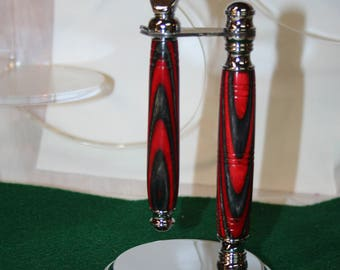 Handcrafted Chrome Fusion Razor Handle in Premium Jacked Country Apple Laminate Hardwood with Matching Deluxe Chrome Razor Stand