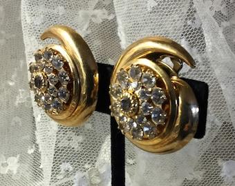 So Chic Simon Chang Clear Crystal Gold Ton Wirbel Ohrringe Clip auf der 1970er Jahre unterzeichnet anspruchsvolle 1980 Abend tragen Feminine Frau Runde