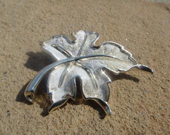Large Vintage Big Brooch Leaf Pendant Pin