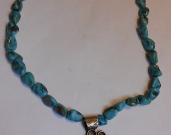 Vintage NAVAJO Sterling Silver and Turquoise Necklace. Beautiful.