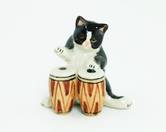 Kitten Musician Ceramic Poecelain- Miniature Black Cat Play Music - Ceramic Hand Painted - Home Decor