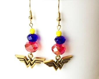 Wonder Woman Earrings, Superhero Earrings, Superhero Jewelry, Geek Jewelry, Justice League, Diana Prince, Comic Book Fan Gifts, Comic Con