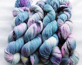 Merino SINGLE yarn, 100% Merinowool 100g 3.5 oz.Nr. 129