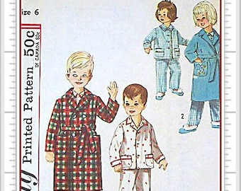 Simplicity 4250 Robe and PJ Vintage 60s Sewing Pattern Childs Size 6