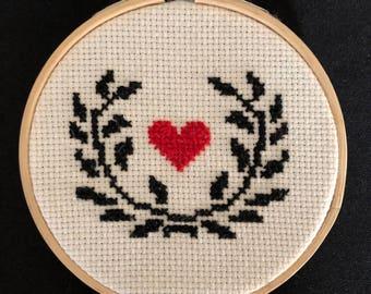 Laurel wreath heart