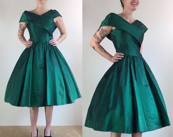 1960's Emerald Green Jewel Tone Sharkskin Taffeta New Look Fit & Flare Party Dress | Size Extra Small