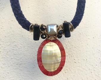 Women's, blue velvet and red border shell necklace