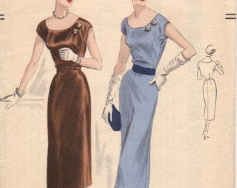 Bust 30-FACTORY FOLDED 1951 Misses' Dress  Vogue 7441  Sz 12