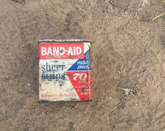 Band-Aid Tin / Can / Box