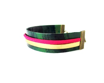 """Paper Bracelet - """"Amy"""" / handmade with recycled material / (1,5 x 17 cm) / Shipping to worldwide."""