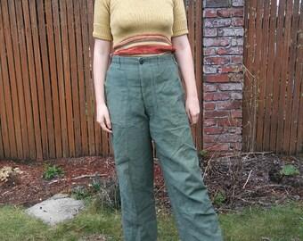 1960s 1970s green cotton Vietnam war pants // waist 31