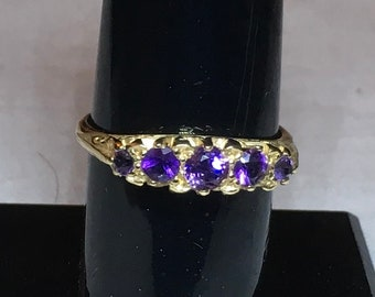 Vintage Ring - 9 ct Gold Amethyst Ring  Size 7.5 (US), P (UK)