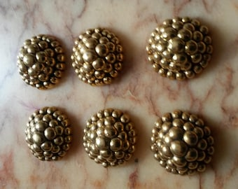 1 purchased = 1, 6 Gold resin cabochons