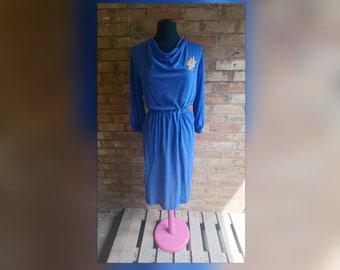 Vintage blue dress with gold leaf motif